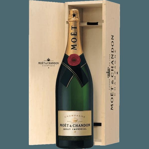 order champagne moet chandon brut imp rial 1 5l at the best price. Black Bedroom Furniture Sets. Home Design Ideas