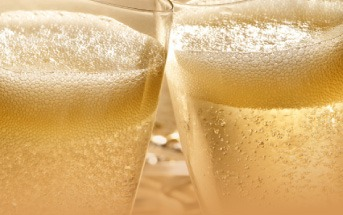 Champagne gifts for Europe and UK delivery